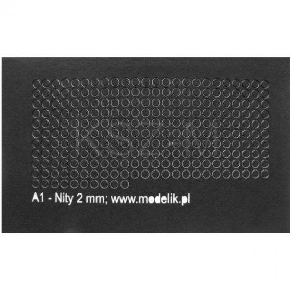 Łby nitów 2 mm